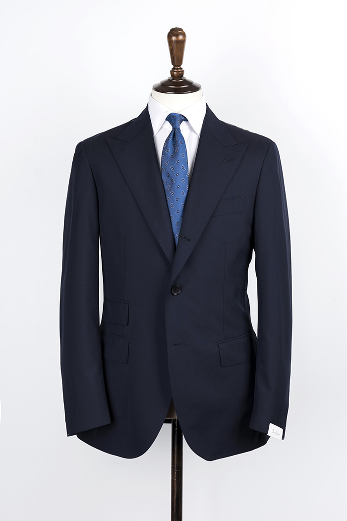 navy color peaked lapel suit 120's(ticket pocket)duesignori(두에시뇨리)