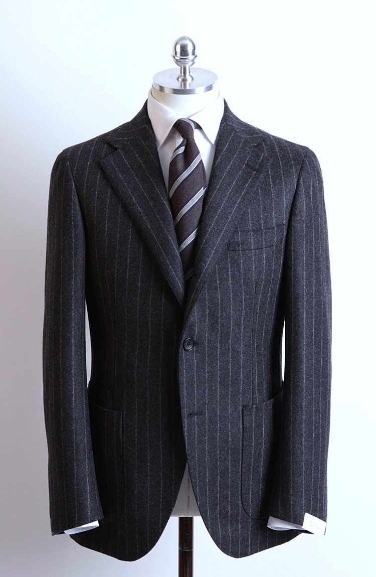 Gray Color Chalk Stripe Flannel SuitDuesignori(두에시뇨리)