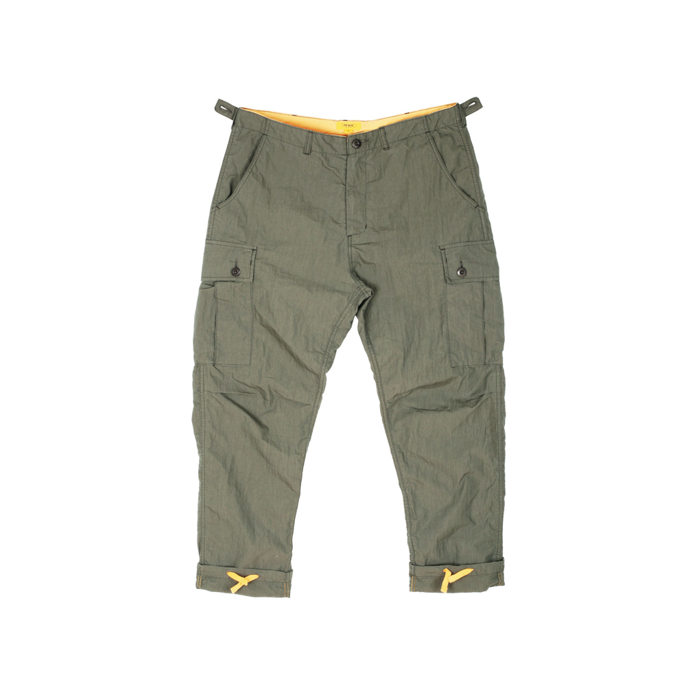 더레스큐(THERESQ)FACTORY CARGO PANTS [KHAKI]