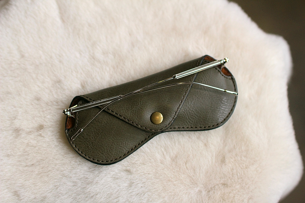 eyewear case olive greenTstarT(티스타티)M size